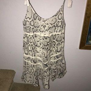 Rip curl grey white snakeskin pattern dress medium